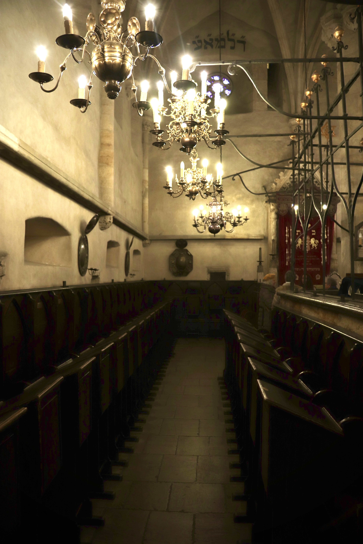 Interiér Staronové synagogy 1